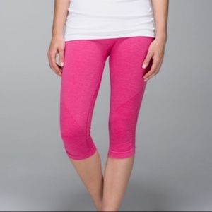 Lululemon In the Flow II Crop in Pink, size 4